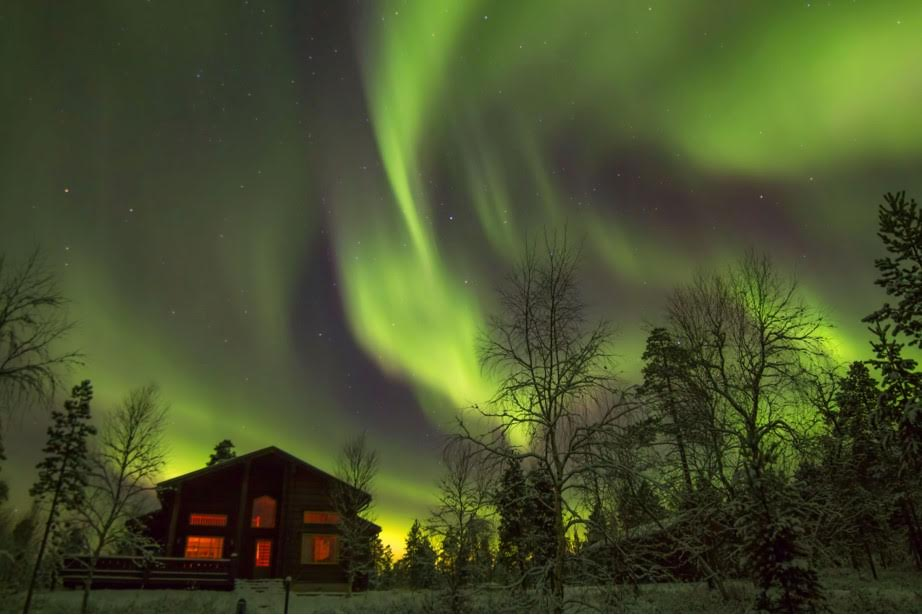 Northern lights at Aamunkoi, copyright Georg Keller